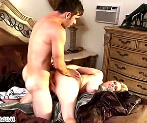 Boy fucks his horny girlfriend sexy mature mom