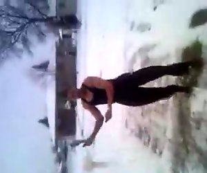 sexy muscled guy jumping rope like a pro