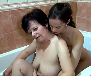 OldNanny Granny and sexy girl masturbate in the bath