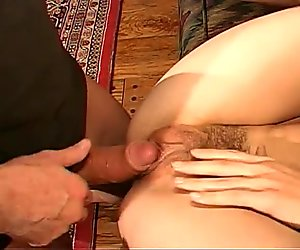 Hot bitch getting double pen fucked