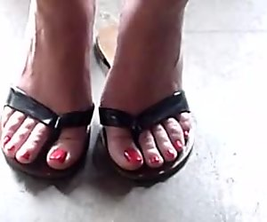 Beautifully Painted Toes