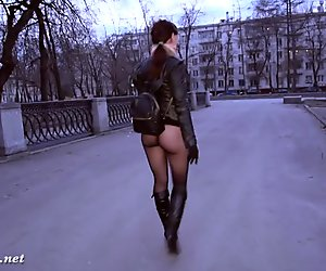 Jeny Smith bottomless pantyhose public flashing