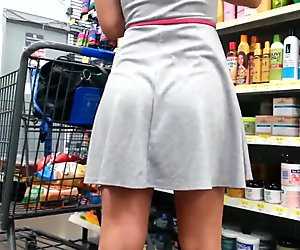 Candid booty white girl in skirt