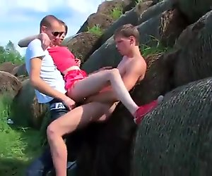 Teen Beata gets double fucked outdoors