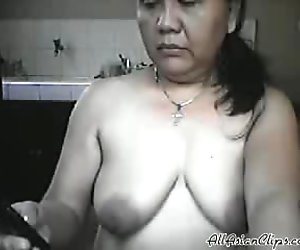 Mature Filipina Mom Lyla G Shows Off Her Naked Body On Cam! asian cumshots asian swallow japanese chinese